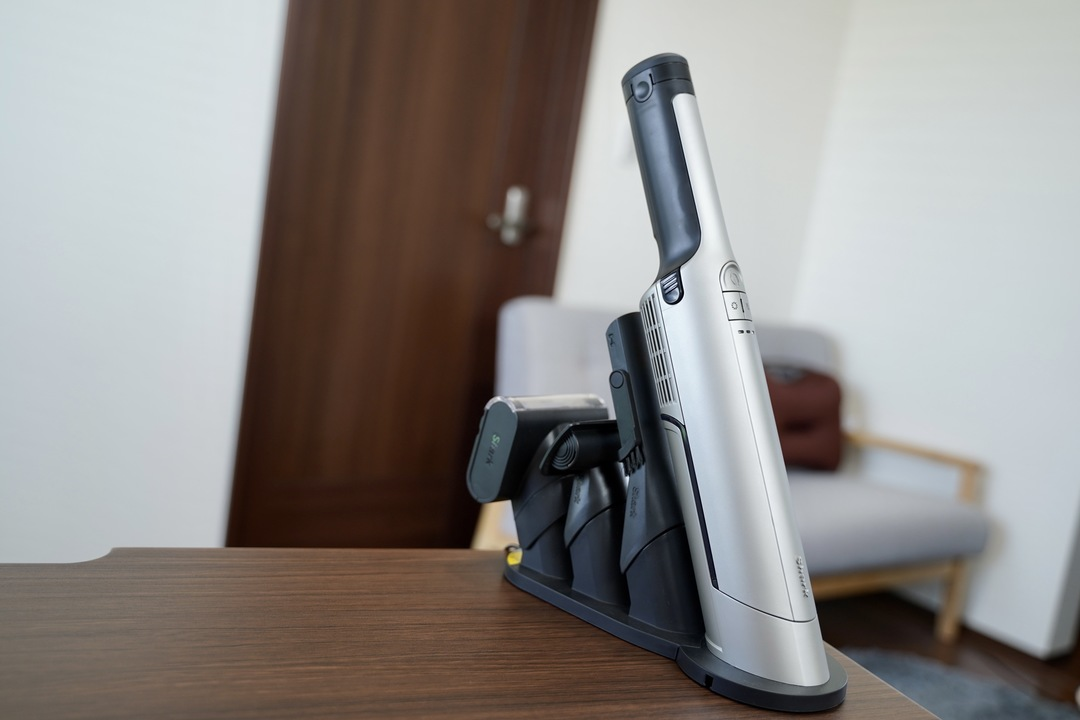 シャーク EVOPOWER EXレビュー:適材適所で掃除機を選ぶと幸せになるお手本モデル