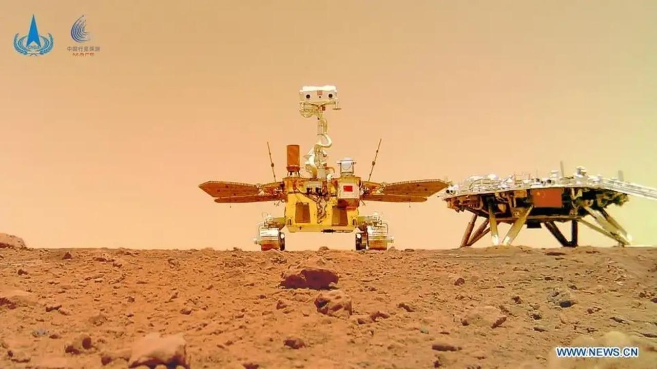 中国の火星探査車「祝融号」が捉えた映像が届きました