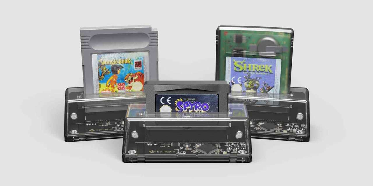 ゲームボーイがPCで遊べるカートリッジ交換スロット「GB OPERATOR」