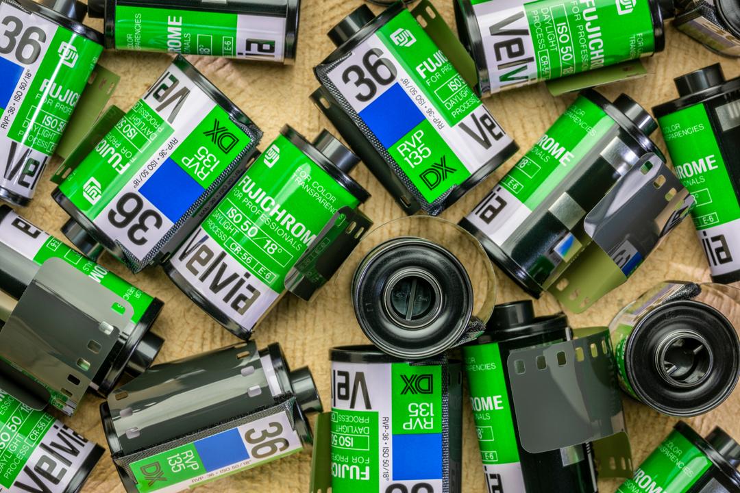 定番フィルム「ベルビア100」が米国で販売中止。含まれている化学薬品が有害指定に