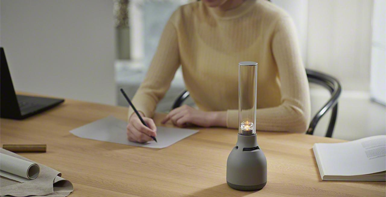 灯りも音質もアップグレード! ソニーのキャンドル型スピーカーの最新モデルが登場
