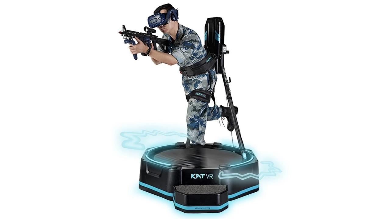 メタバースを自由に歩けるVRウォーキングコントローラ「KAT WALK mini S」