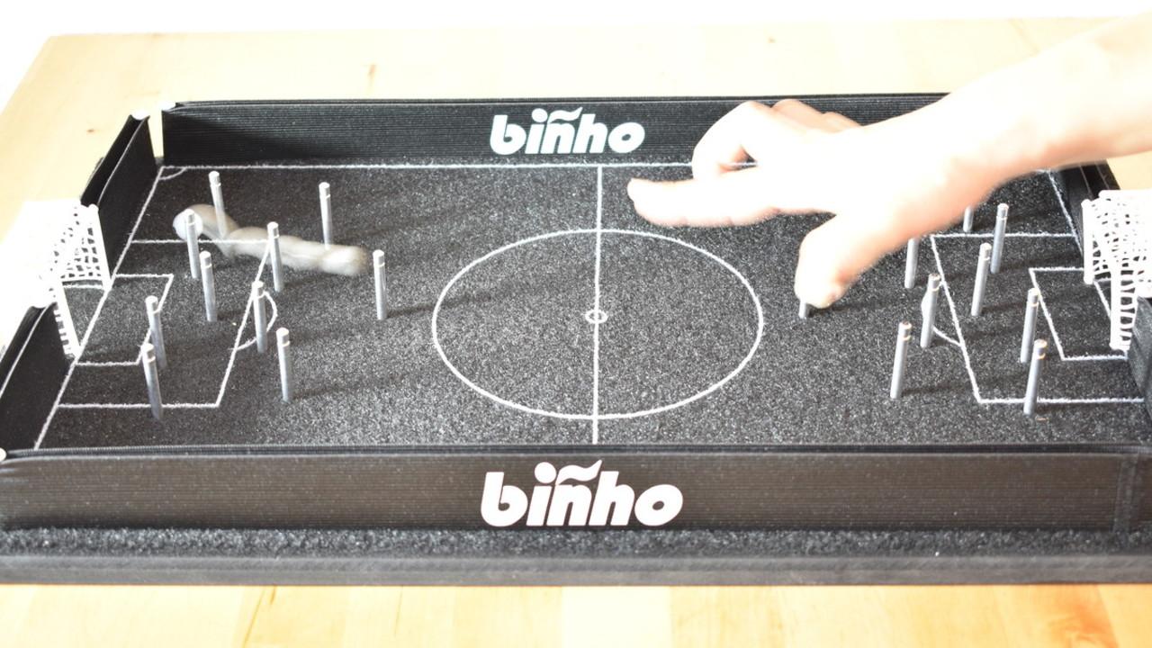 アメリカで大ヒット! ビリヤードとサッカーが一緒になった新感覚ボードゲームで遊んでみた
