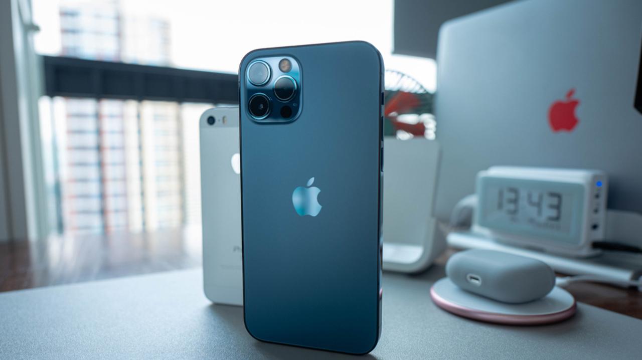 iPhoneの充電の減りが早い? iOS14.6のバグに対処する方法