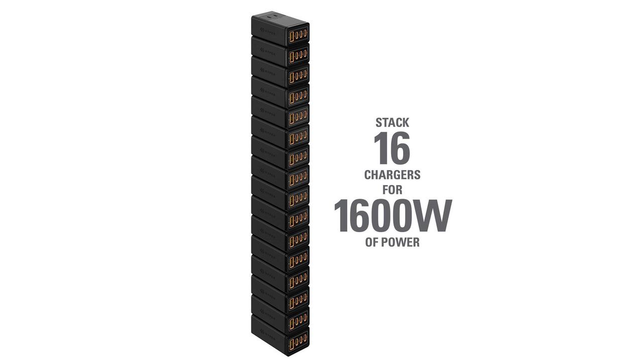 無駄に高く積み上げたい…! 16台連結して最大1,600Wまで対応するHYPERの充電器の背が高すぎる