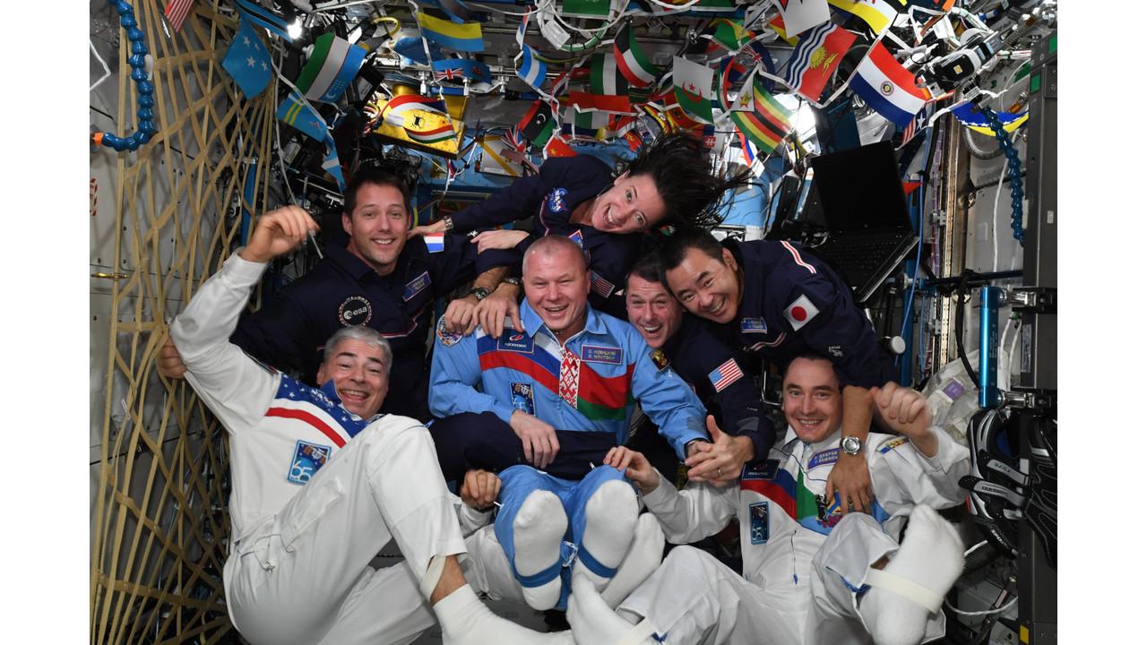 シンクロに体操競技も実施。 国際宇宙ステーションで史上初の「宇宙五輪」が開催される