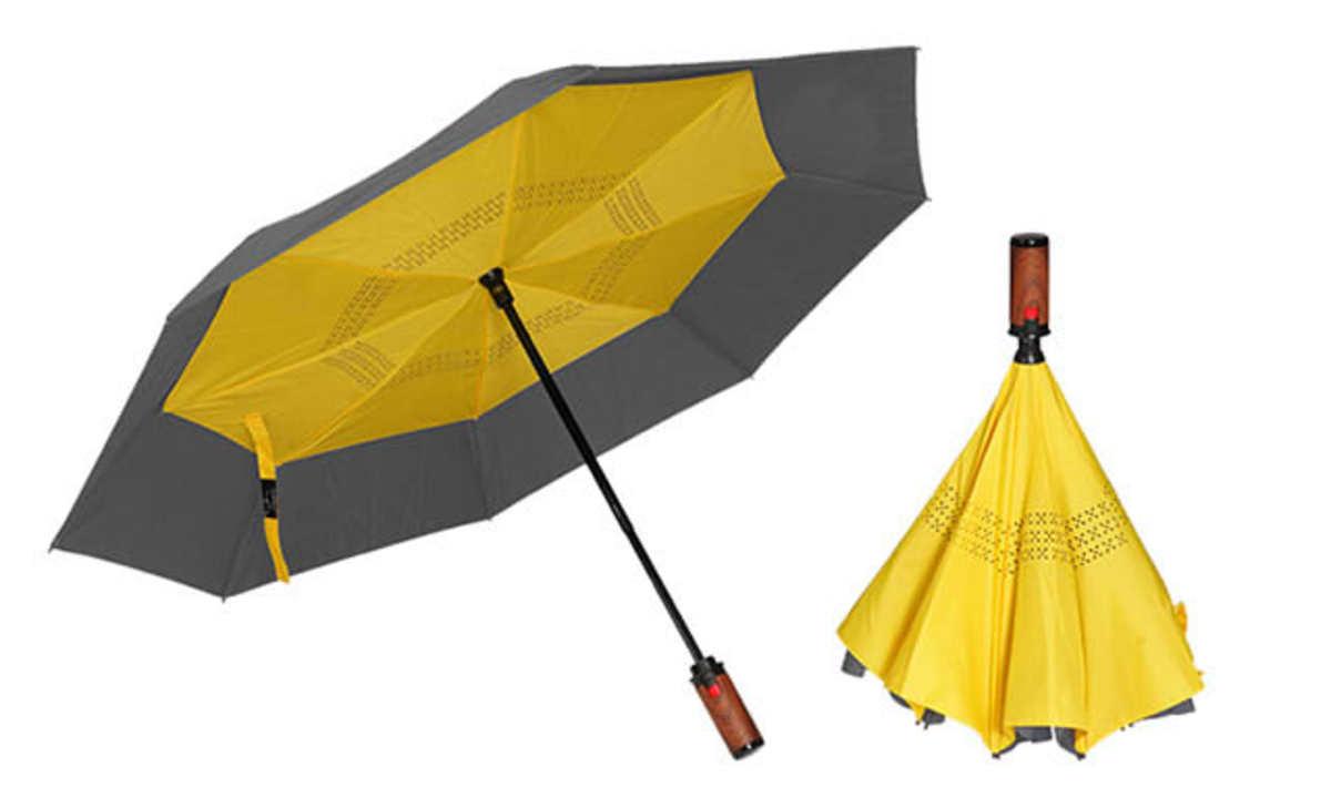 """あの""""逆向きに閉じる傘""""から自動収納が出た! たたむときに濡れる問題が解決しそう"""