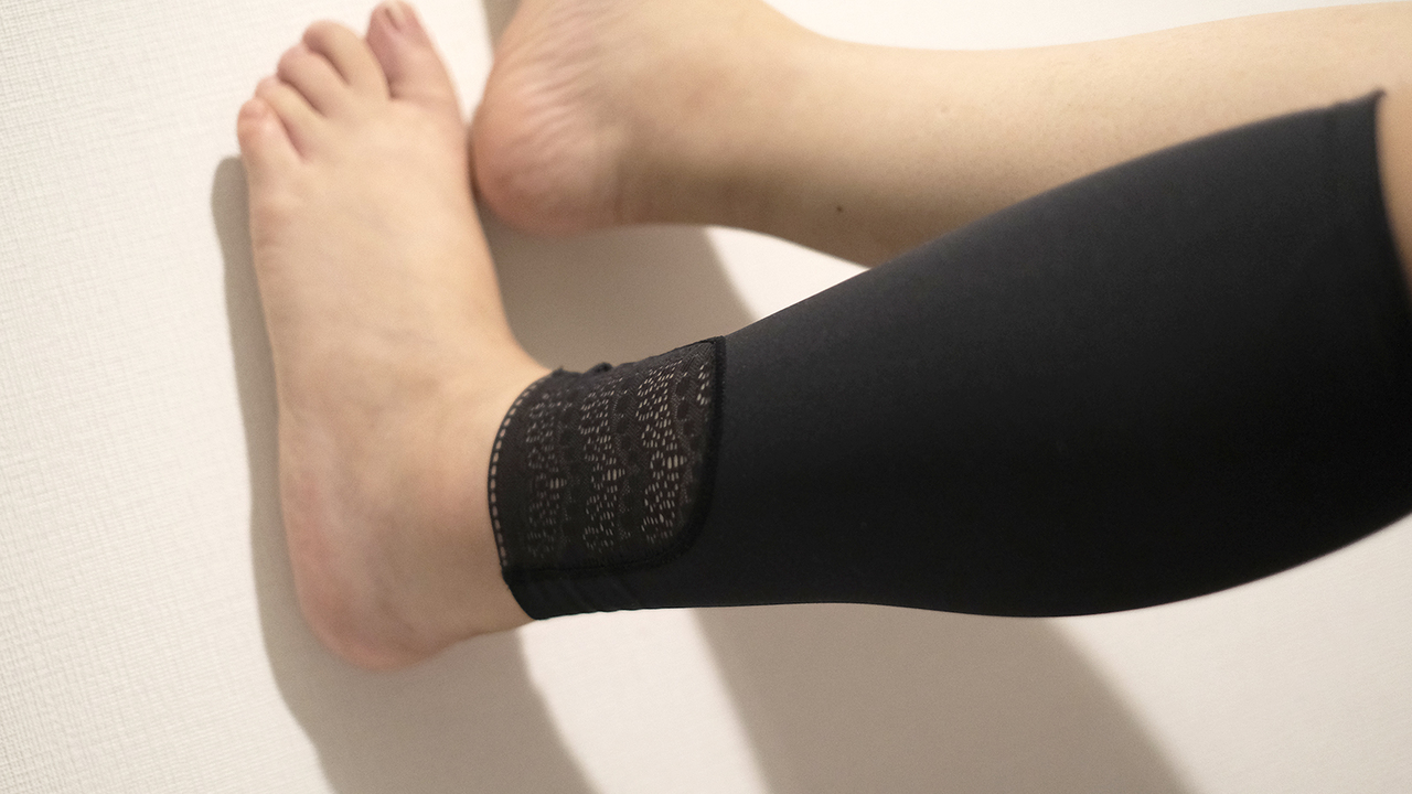 リカバリーウェアの使い心地を検証。果たして脚のむくみは軽減されるのか?