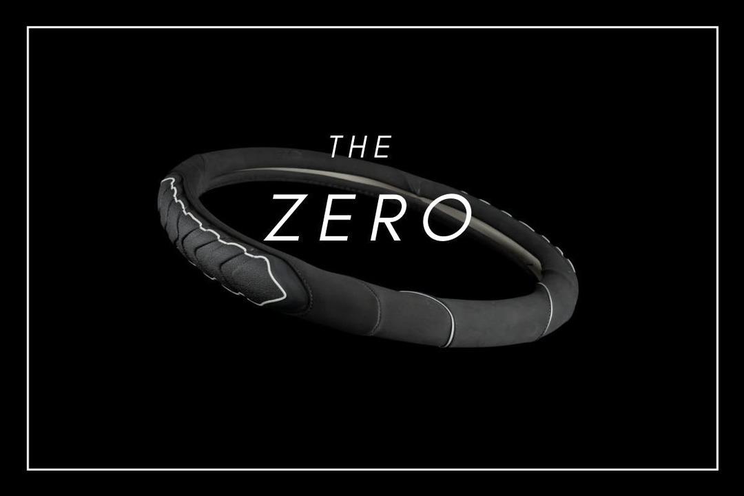 グリップ力アップで運転を快適に。ハンドル保護にも役立つ「Zero Slip ステアリングカバー」
