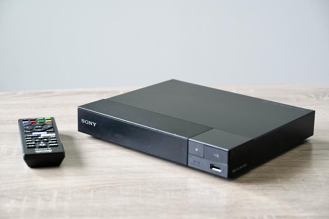 PS4もPS5も持ってる僕が、1万円でソニーのBDプレーヤーを買った理由