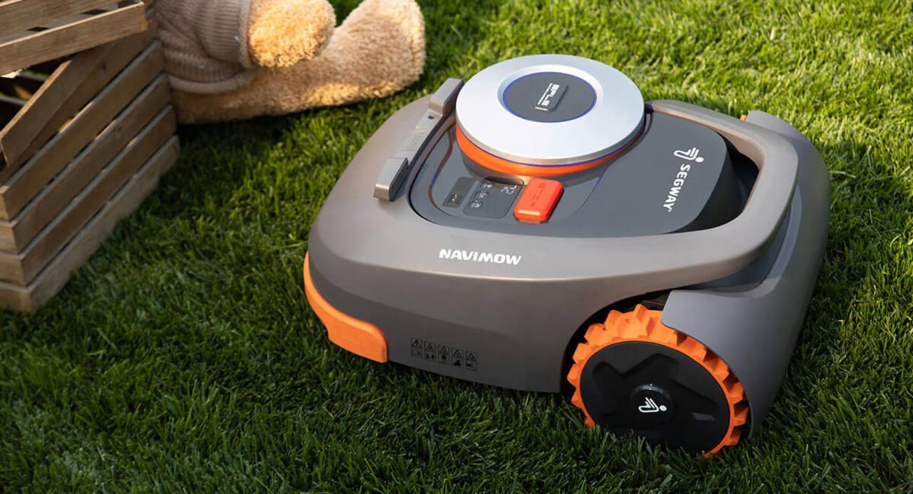 あのセグウェイが芝刈りロボット出してきた!