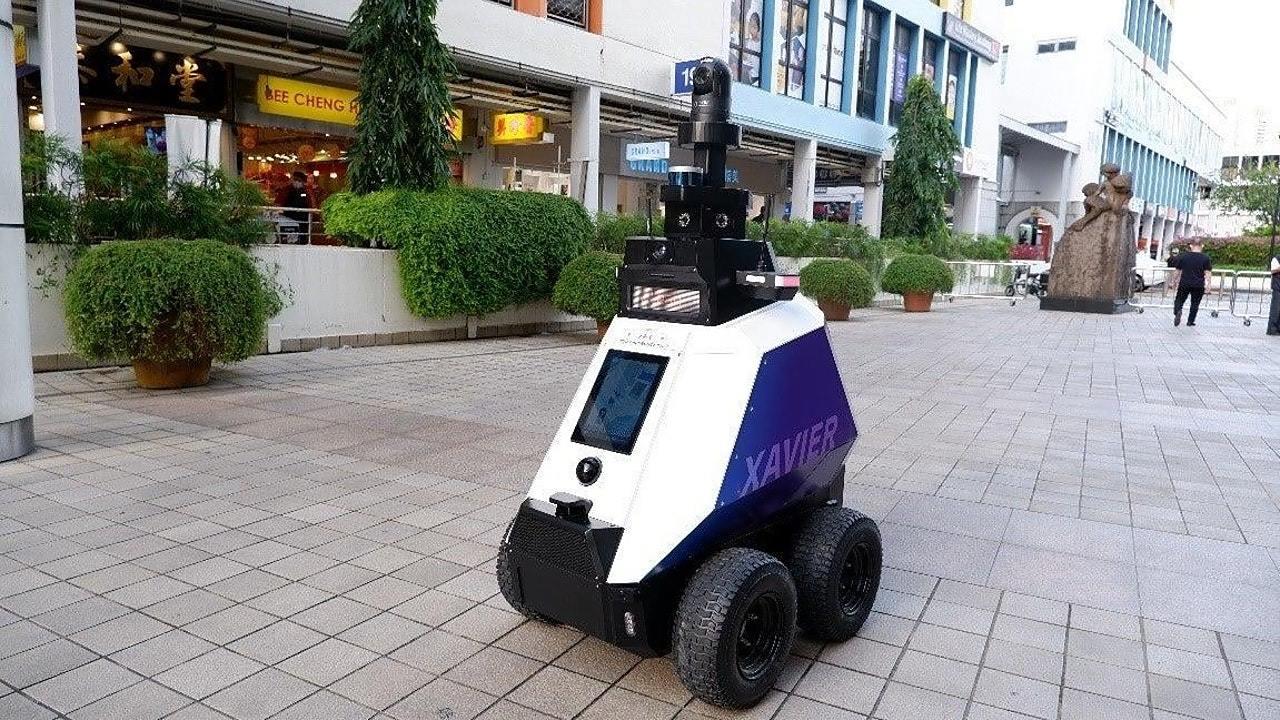 さすがシンガポール…ついにパトロールはロボットにお任せへ