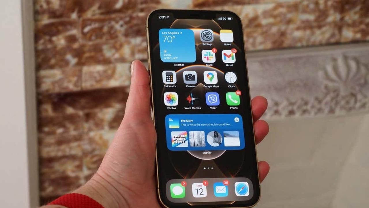 iPhone 14 Pro(仮)はついにノッチがなくなるかも