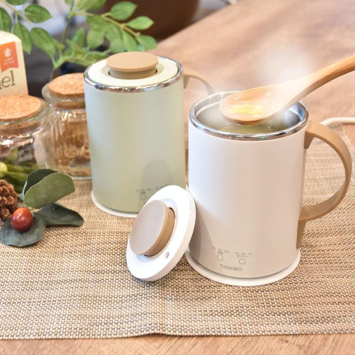 ホットドリンクをデスクで作れてそのまま飲めるマグカップ。ラーメンや味噌汁もどうぞ!
