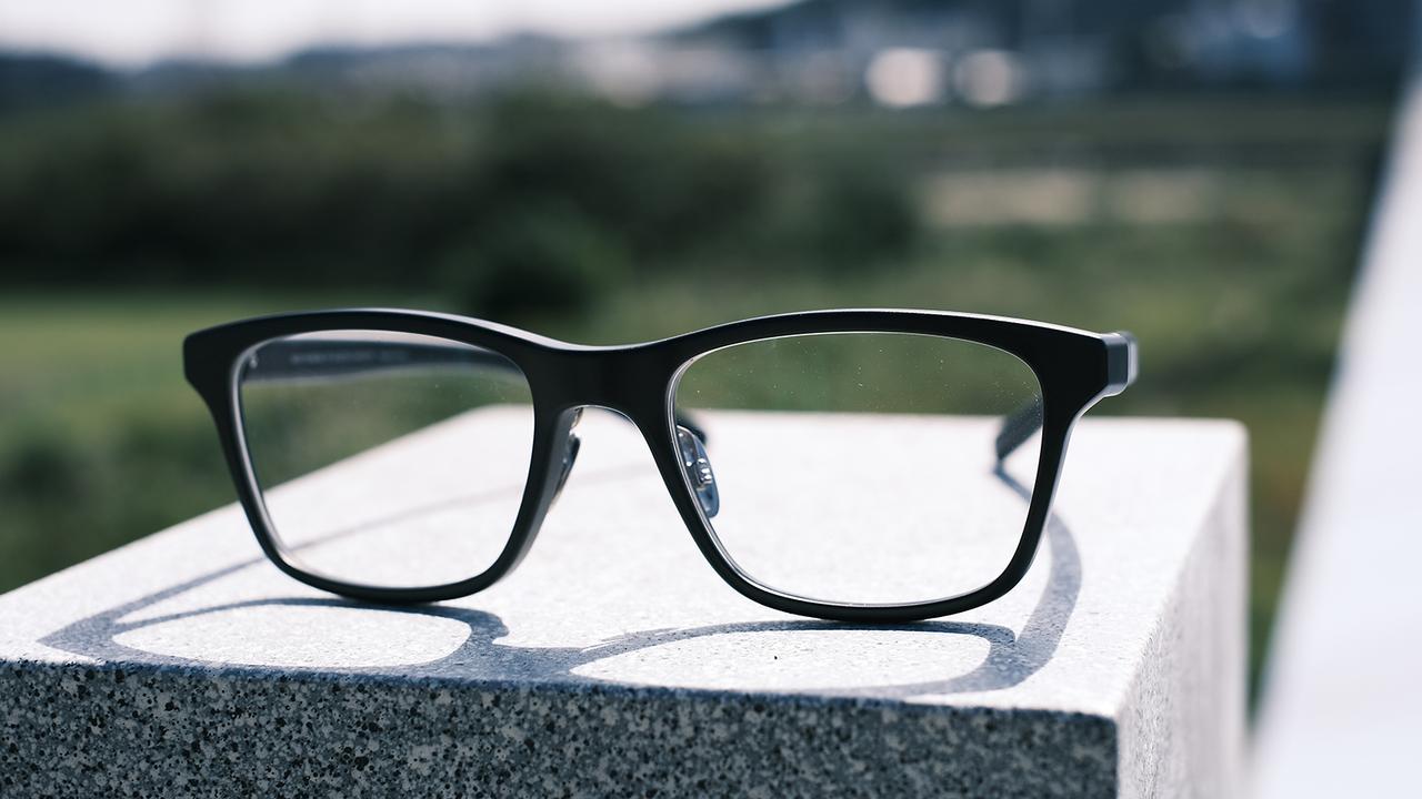 JINSが作ったのは自分をみるためのモノ。ココロとカラダのセルフケアメガネ「JINS MEME」