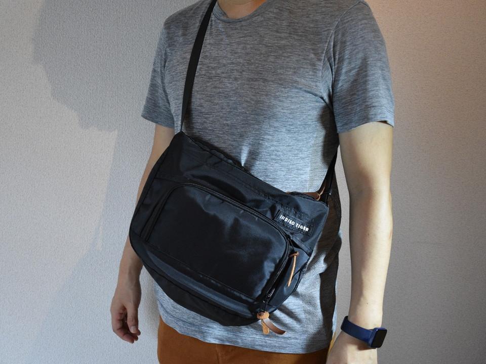 財布が一体化⁉ 9個のポケット付き多機能ショルダーバッグを使ってみた