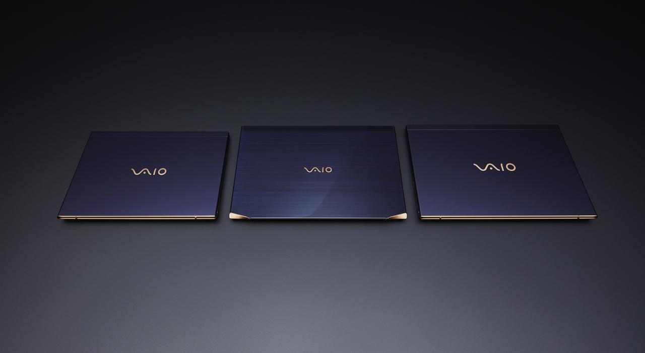 深い藍ボディがセクシーすぎるVAIO SX/VAIO Zの勝色特別仕様