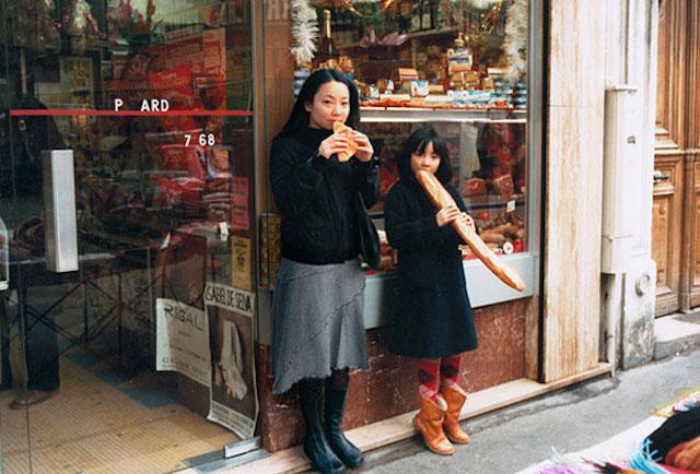 時をかける写真家、少女時代の自分と出会う