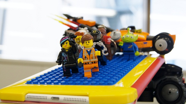 ワクワク感ハンパない! 好きな世界をビルドできちゃうレゴ公式のiPad miniケース(動画あり)