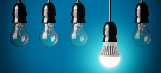 LED電球のせいで洗濯洗剤の真っ白に光るトリックが台無しに