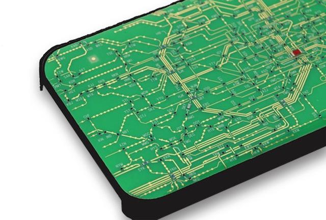 プリント基板で路線図を描いたiPhoneケース登場......だけど表示が細かすぎませんか?