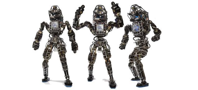 グーグルが開発中の人型ロボット「アトラス」。彼が大地を自由に駆けめぐる日は来るか?