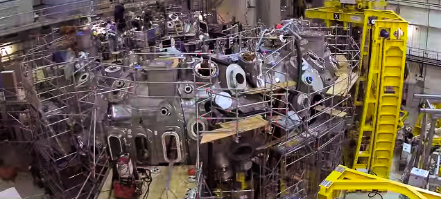 タイムラプス動画で見る、核融合炉の作り方