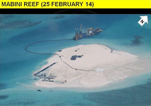 中国が南シナ海でフェイクの島を造成中