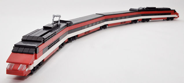 レゴ1ブロックあたりの単価が最も高いのはトレインセット