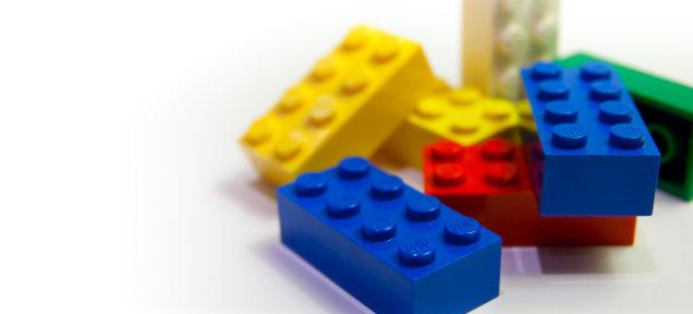 レゴはなぜ踏んづけるとあんなにも痛いのか