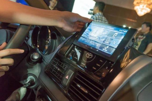 海外でトヨタがダッシュボードにNexus 7を採用