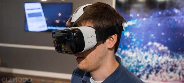 サムスン、グーグルの段ボール対抗機種「Gear VR」発表