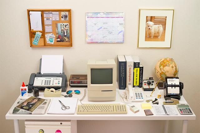 テクノロジー進化の歴史。35年間で人類の机の上はここまで変化した