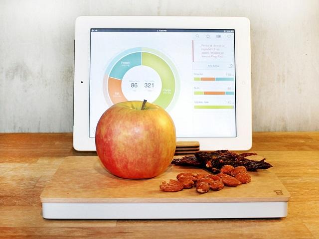 食生活をまるっと管理してくれるスマートまな板「Prep Pad」