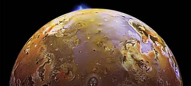 木星の衛星「イオ」にある火山が噴火する様子(動画)