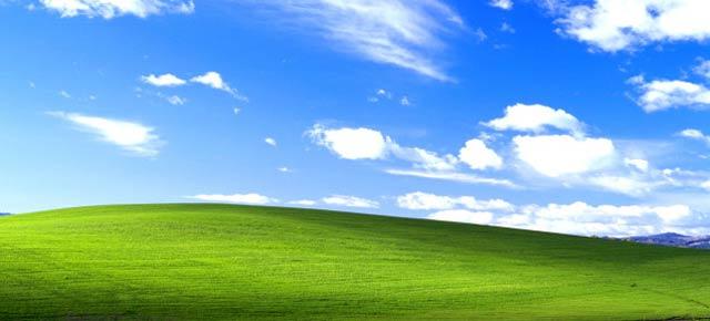 Windows XPのあの壁紙の景色は本物か? CGか?