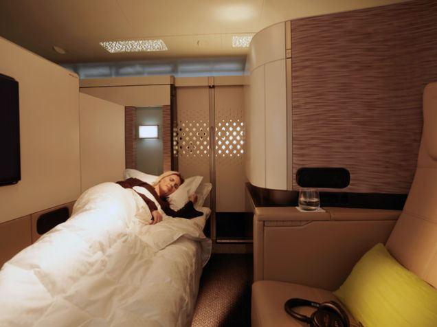 豪華すぎて意味不明。部屋数多すぎ専用執事付きのエティハド航空「レジデンス」クラス