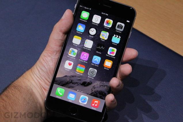 iPhone 6 Plus 速攻ハンズオン:「これはデカい」