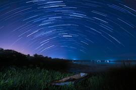 今晩からがチャンス!! 今年最後の天体ショー「ふたご座流星群」観測のポイント