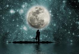 妖艶な月に引き込まれる...ブラッドムーンが見られる皆既月食はもうすぐ