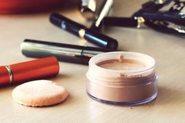 「きれいな化粧崩れ」と「汚い化粧崩れ」。違いはココにあり!!
