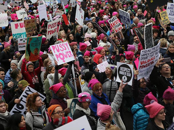ピンクの猫耳目立ってた。反トランプの #WomensMarch