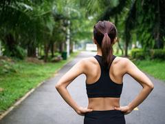 駒沢公園を走るニューバランスのガールズナイトアウト。更新したいのは自分自身