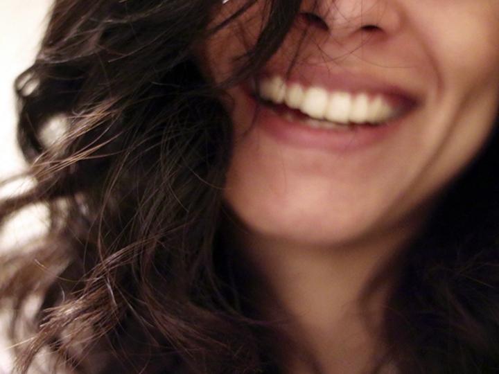 思いっきり笑うって、じつは肌に良いらしい
