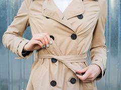 秋のトレンチコート。とことんビッグサイズで着る