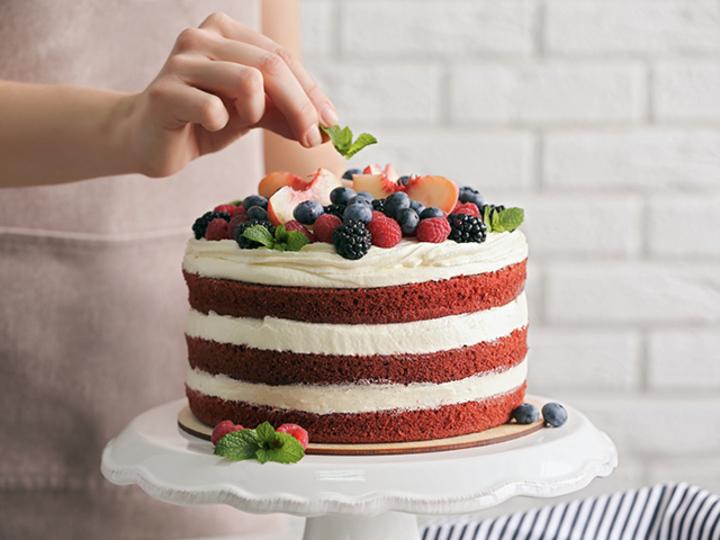 無印良品の特大バウムで作るケーキがかわいくて迫力満点。インスタにあげたくなる