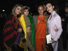 バーバリーチェックが虹色になった。LGBTQ+をハッピーに応援