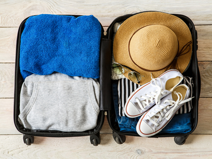 家にあるアレを再利用するだけ。服のシワを予防するパッキング法