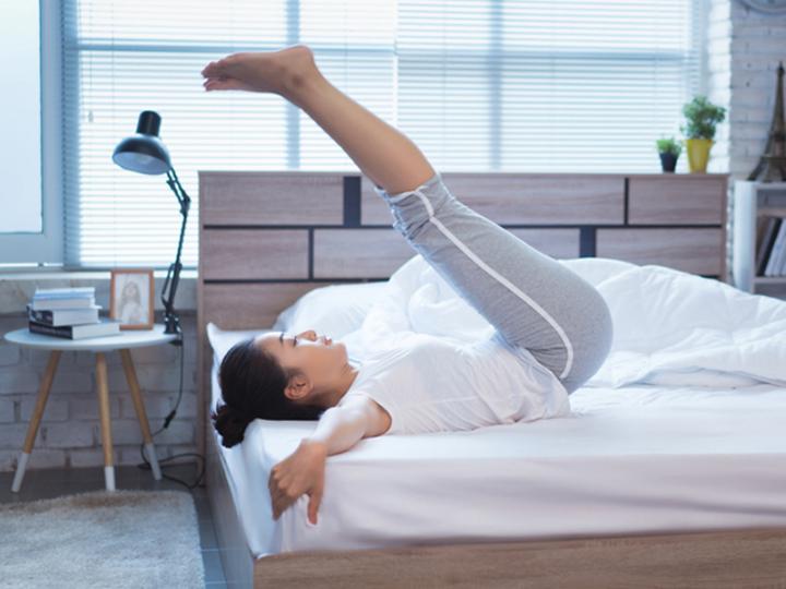 寝る直前のエクササイズ。汗をかかずに、そのままベッドで寝れる