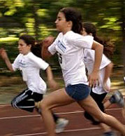 081014race_running_speed_267198_l.jpg